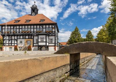 Blick auf Rathaus in Waltershausen | © Michael Reichel