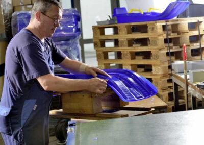 Produktion von Schlitten im KHW Kunststoff- und Holzverarbeitungswerk in Geschwenda   © KHW Kunststoff- und Holzverarbeitungswerk GmbH