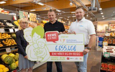 REWE-Märkte im Ilm-Kreis sammeln 6.655,40 Euro für todkranke Kinder und ihre Familien