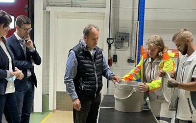Funktionierendes Nachhaltigkeitskonzept für Verpackungen von Farben und Putzen machte Erweiterung nötig